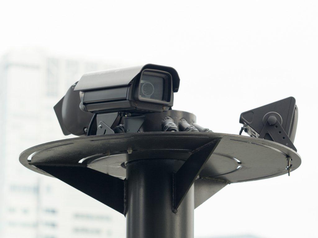 価格の差は何の差?防犯カメラ・監視カメラは価格だけで選ぶな!