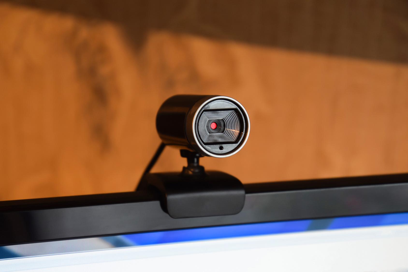 防犯カメラにもなるwebカメラ!手近に始める防犯対策